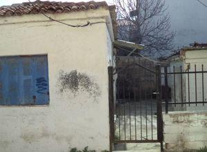 Μονοκατοικία προς πώληση Λέσβος - Πέτρα 60 τ.μ. 2 Υπνοδωμάτια
