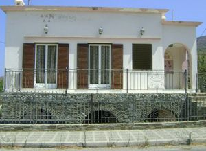 Detached House for sale Andros Korthio 185 m<sup>2</sup> Ground floor