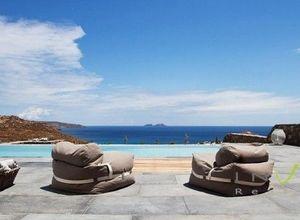 Μονοκατοικία προς πώληση Μύκονος Καλαφάτη 710 τ.μ. Ισόγειο