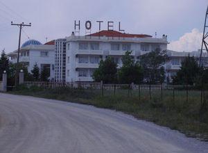 Ξενοδοχείο προς πώληση Ωραιόκαστρο 5.500 τ.μ. Υπόγειο