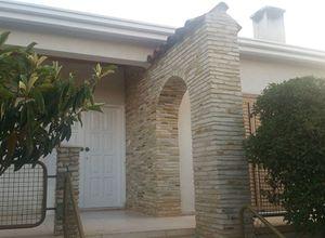 Detached House to rent Astromeritis 190 m<sup>2</sup> Ground floor