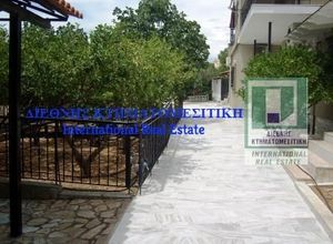 Μονοκατοικία προς πώληση Νεράκι (Νέα Πέραμος (Μεγάλο Πεύκο)) 216 τ.μ. 3 Υπνοδωμάτια