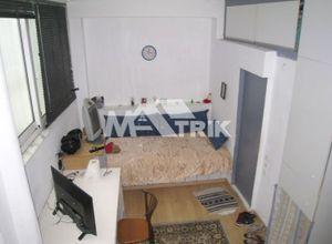 Studio Flat, Ippokratio