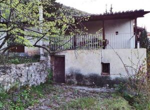 Μονοκατοικία προς πώληση Κέντρο (Αμφίκλεια) 110 τ.μ. 1ος Όροφος 3 Υπνοδωμάτια 2η φωτογραφία