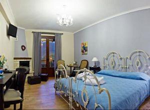 Ξενοδοχείο προς πώληση Καρπενήσι 1.800 τ.μ.