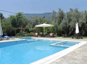 Ξενοδοχείο προς πώληση Μηλιές Κορόπη 750 τ.μ. Ισόγειο
