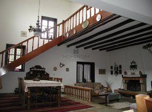 Μονοκατοικία προς πώληση Παρνασσός Άνω Πολύδροσος 195 τ.μ.
